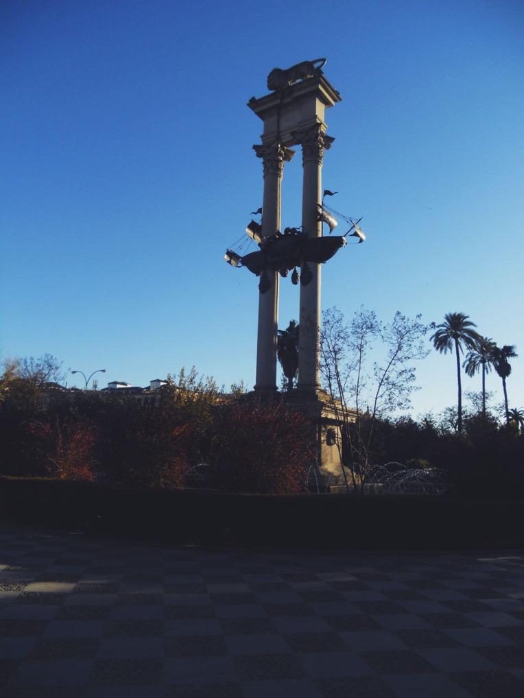 Columbus monument.